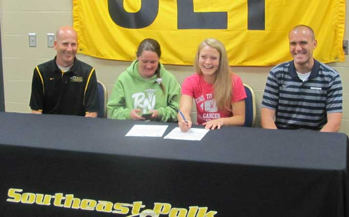 Destiny McGinnis signs with Spartan track and field