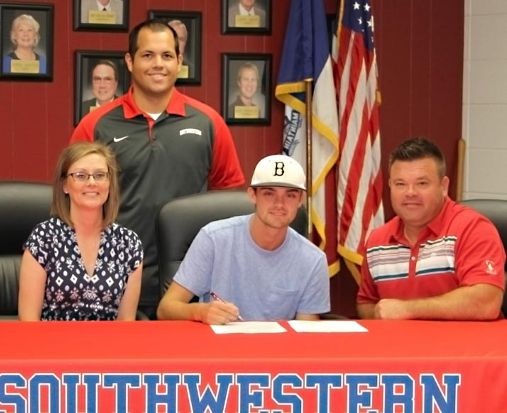 Clayton Rhoads signs with Spartan Basball