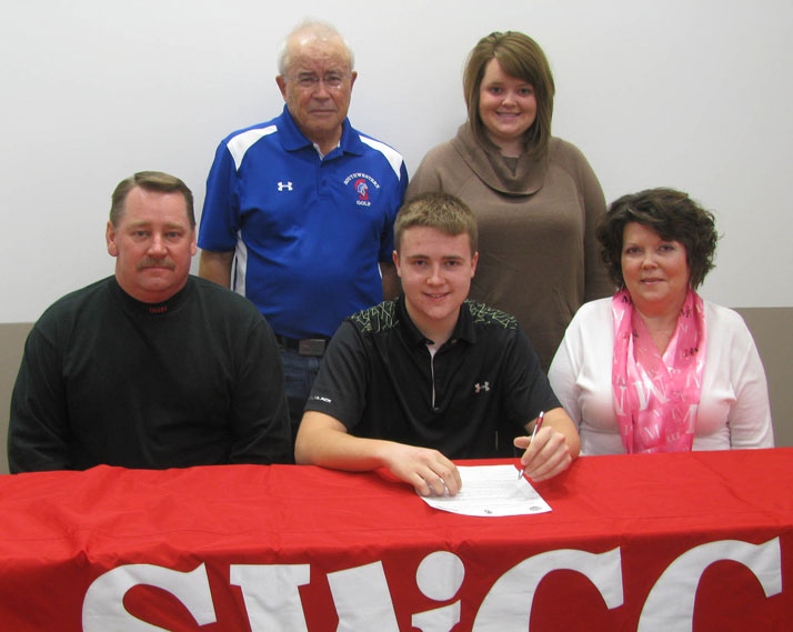 Ben Sanquist signs with SWCC for golf