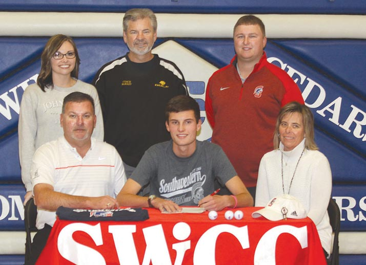Cam Arkema signs with SWCC golf