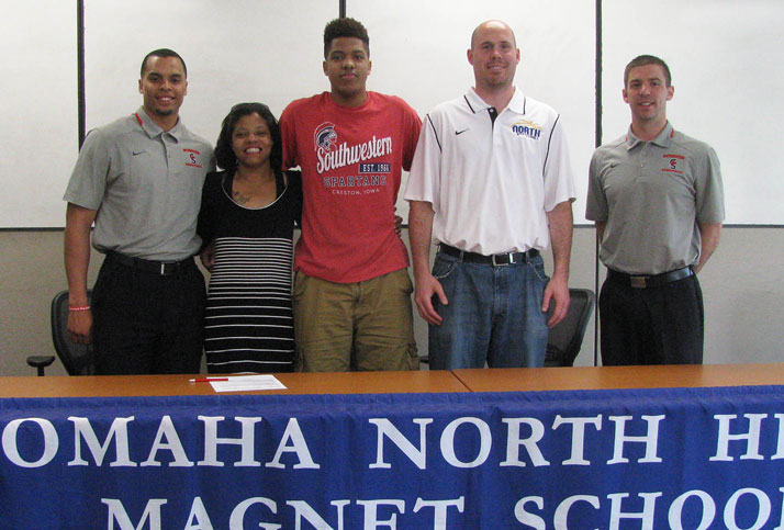 Kendall Patton signs with SWCC Basketball