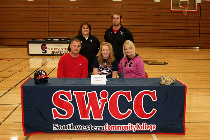 Hines Signs with Spartan Softball