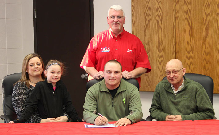Dillon Bailey signs with SWCC Sports Shooting