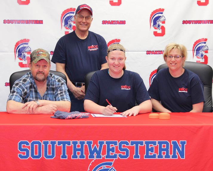 Jessica Aupperle Signs with SWCC Sports Shooting