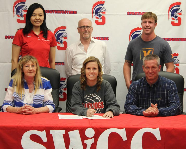 Shannon Eads signs with Spartan Volleyball