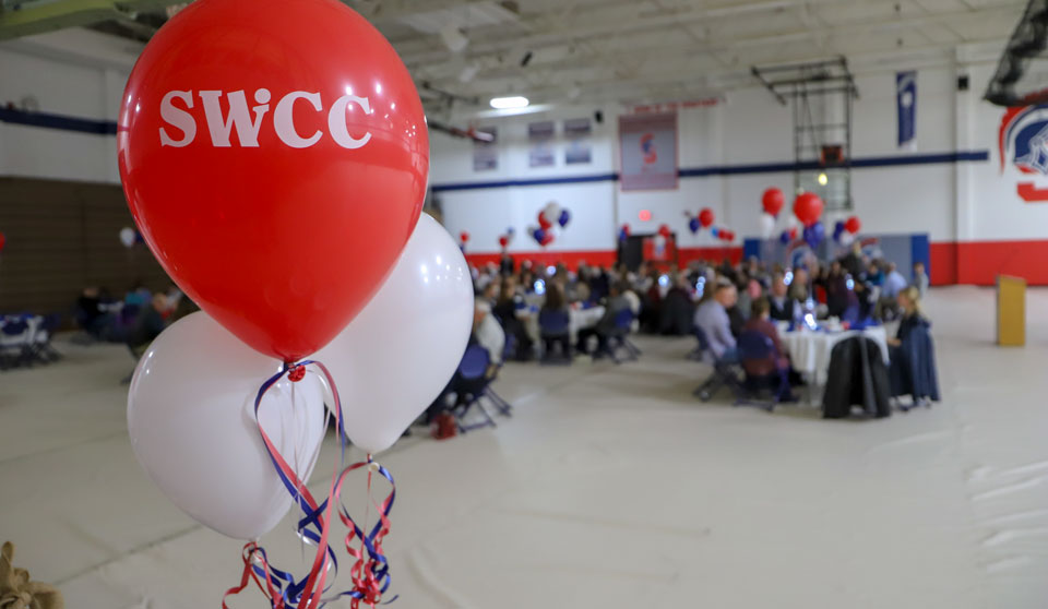 Balloons at SWCC Donor/Scholar Dinner